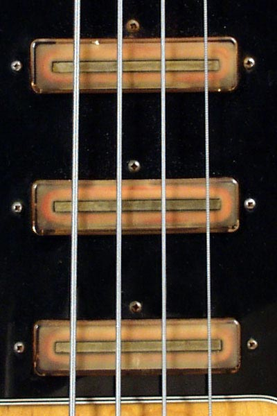 1976 Gibson G3 electric bass guitar >> FlyGuitars