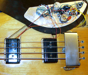 Gibson Ripper Bass Guitar    wiring       diagram    and photographs