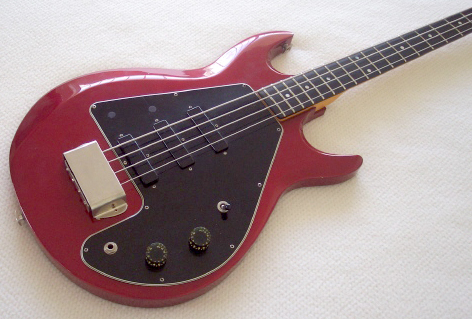 1982 Candy Apple Red G3 bass